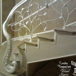 wood-stairs-H28TcRUz0KE