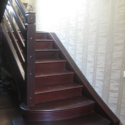 wood-stairs-IMG_0258