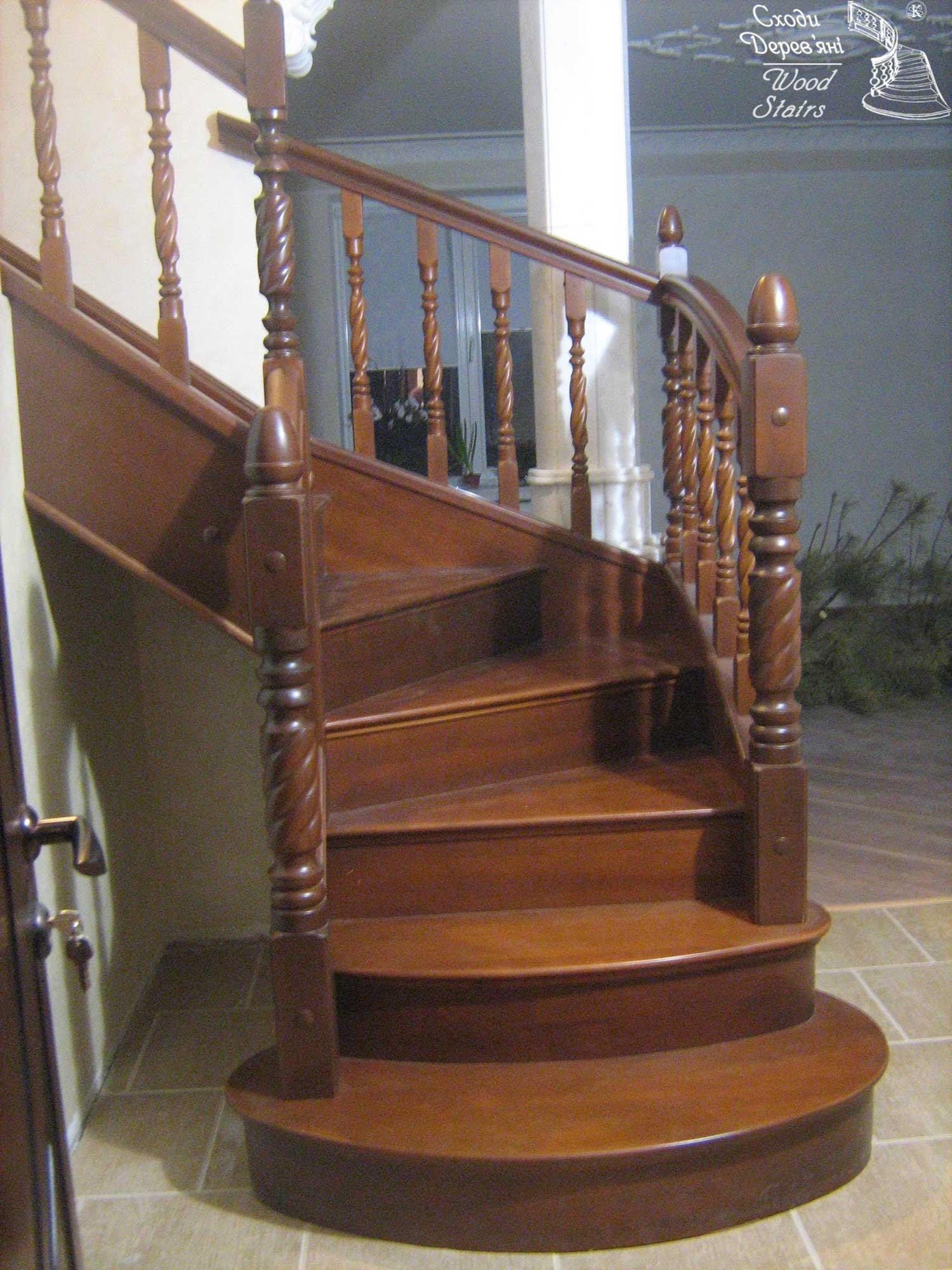 Монтаж деревянных лестниц 28