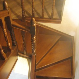 wood-stairs-IMG_1207