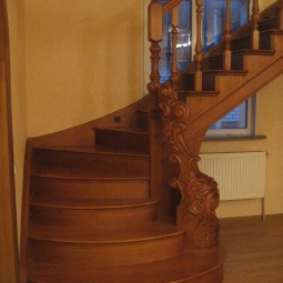 wood-stairs-IMG_1330