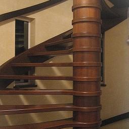 wood-stairs-IMG_1339
